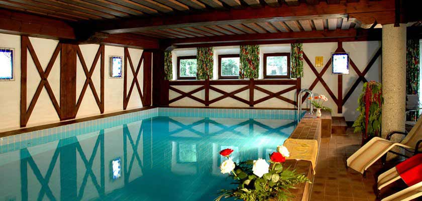 Hotel Arlberg, St. Anton, Austria - Indoor pool area.jpg